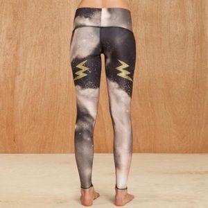 Teeki • Electric Night Bolt Hot Yoga Pants